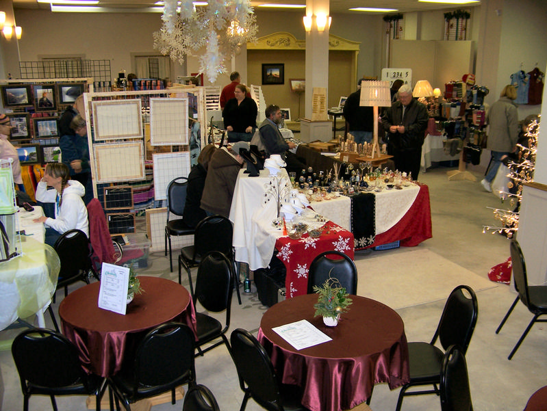 Ludington Holiday Craft Show