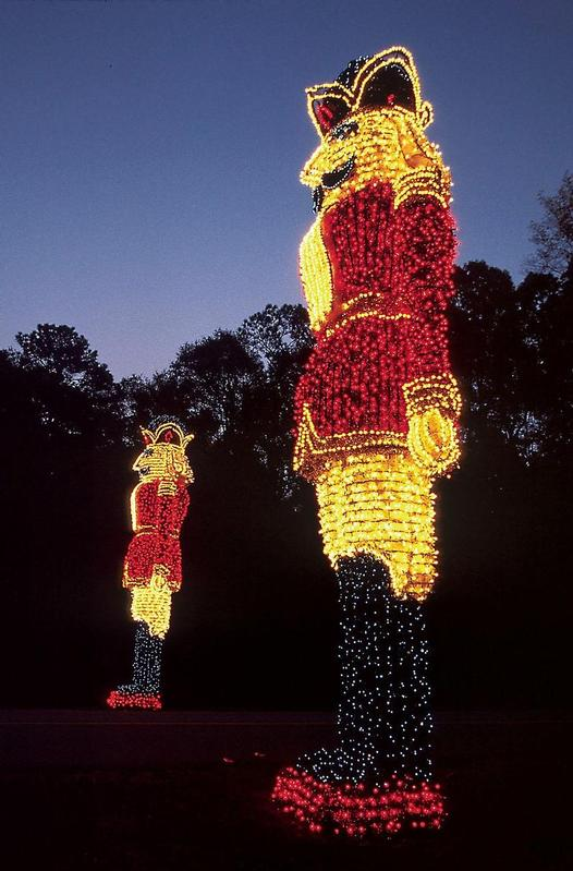 Fantasy in lights at callaway gardens pine mountain ga - Callaway gardens christmas lights ...